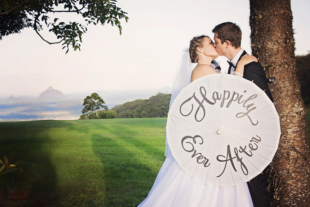 Maleny Wedding Couple
